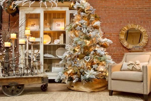 Trang trí thông Noel theo phong cách sang trọng